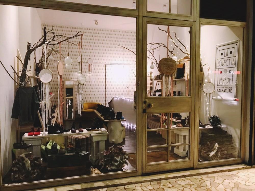 Contatti - La Scarpetta di Venere - negozio di scarpe Bologna   Sirolo 16b7a98de85