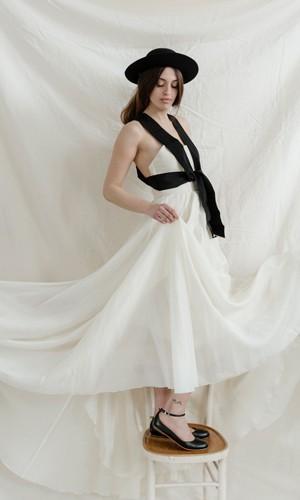 scarpetta-di-venere-scarpe-artigianali-sposa-Sabrina-indossata-7