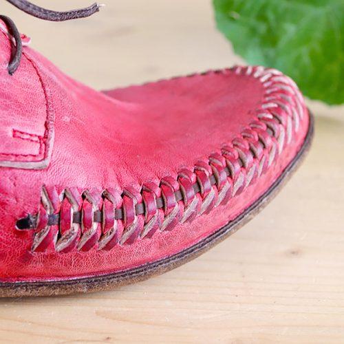 scarpetta-di-venere-scarpe-artigianali-dettaglio-intreccio-fatto-a-mano-catena